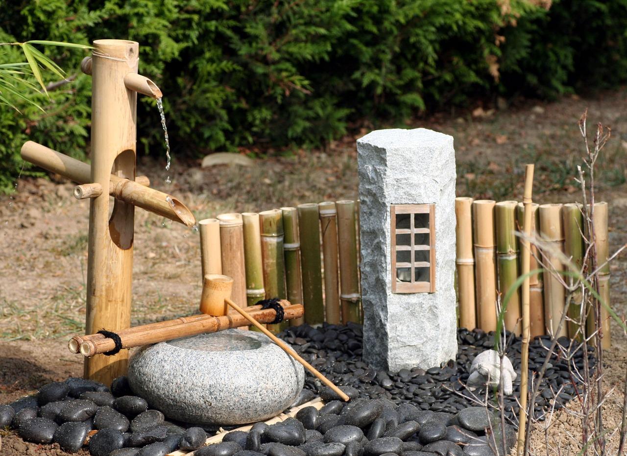 fontaine de jardin japonais